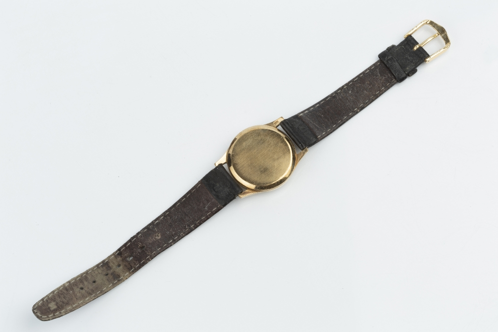 A GENTLEMAN'S 9CT GOLD 'PRECISION' WRISTWATCH BY ROLEX, the circular silvered dial with gilt - Image 3 of 3
