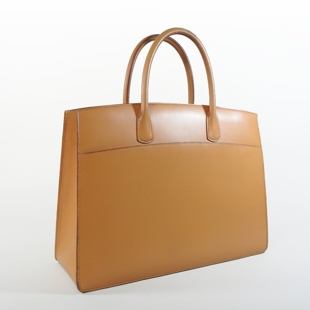 Lot 5 - An Hermes tan leather White Bus tote bag,