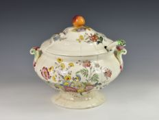 A Copeland Spode Gainsborough pattern soup tureen & cover with ladle, of scalloped pedestal