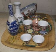 A Chinese porcelain miniature tea set, other oriental items