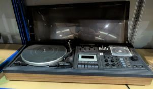 A Garrard music centre and 2 speakers