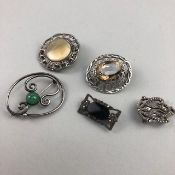 A GROUP OF SILVER AND OTHER JEWELLERY