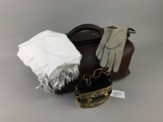 AN EARLY 20TH CENTURY LEATHER GLADSTONE BAG, ANOTHER BAG, GLOVES AND A SCARF
