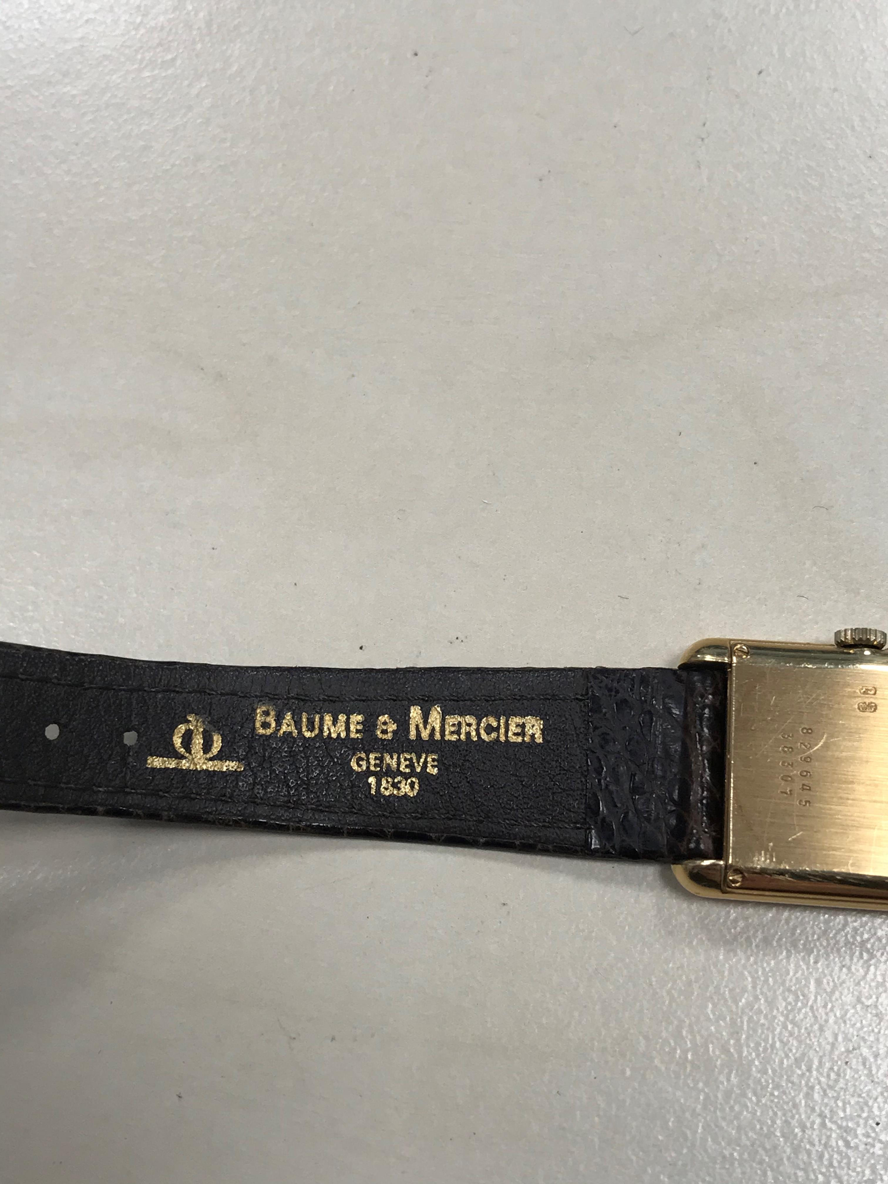 Lot 733 - A LADY'S BAUME & MERCIER GOLD WATCH