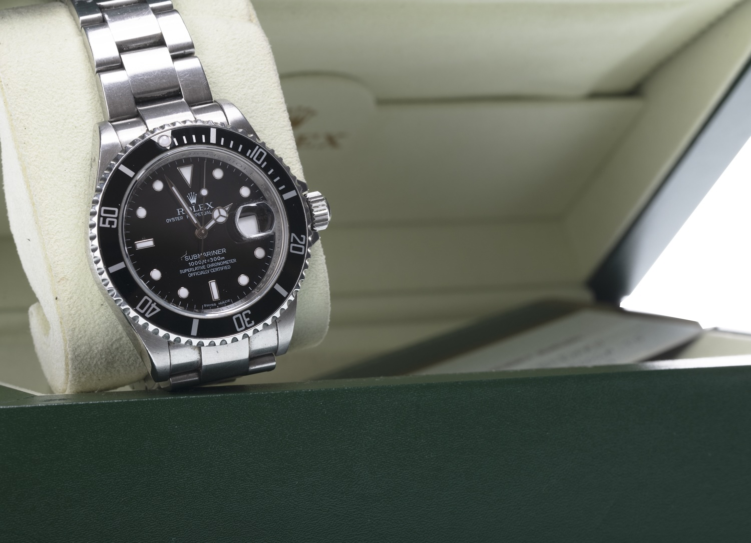 Lot 859 - GENTLEMAN'S ROLEX OYSTER PERPETUAL DATE SUBMARINER STAINLESS STEEL AUTOMATIC WRIST WATCH
