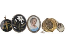 A MOURNING BROOCH, PORTRAIT PENDANTS AND OTHER JEWELLERY