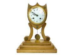 A 19TH CENTURY BIEDERMEIER MANTEL CLOCK