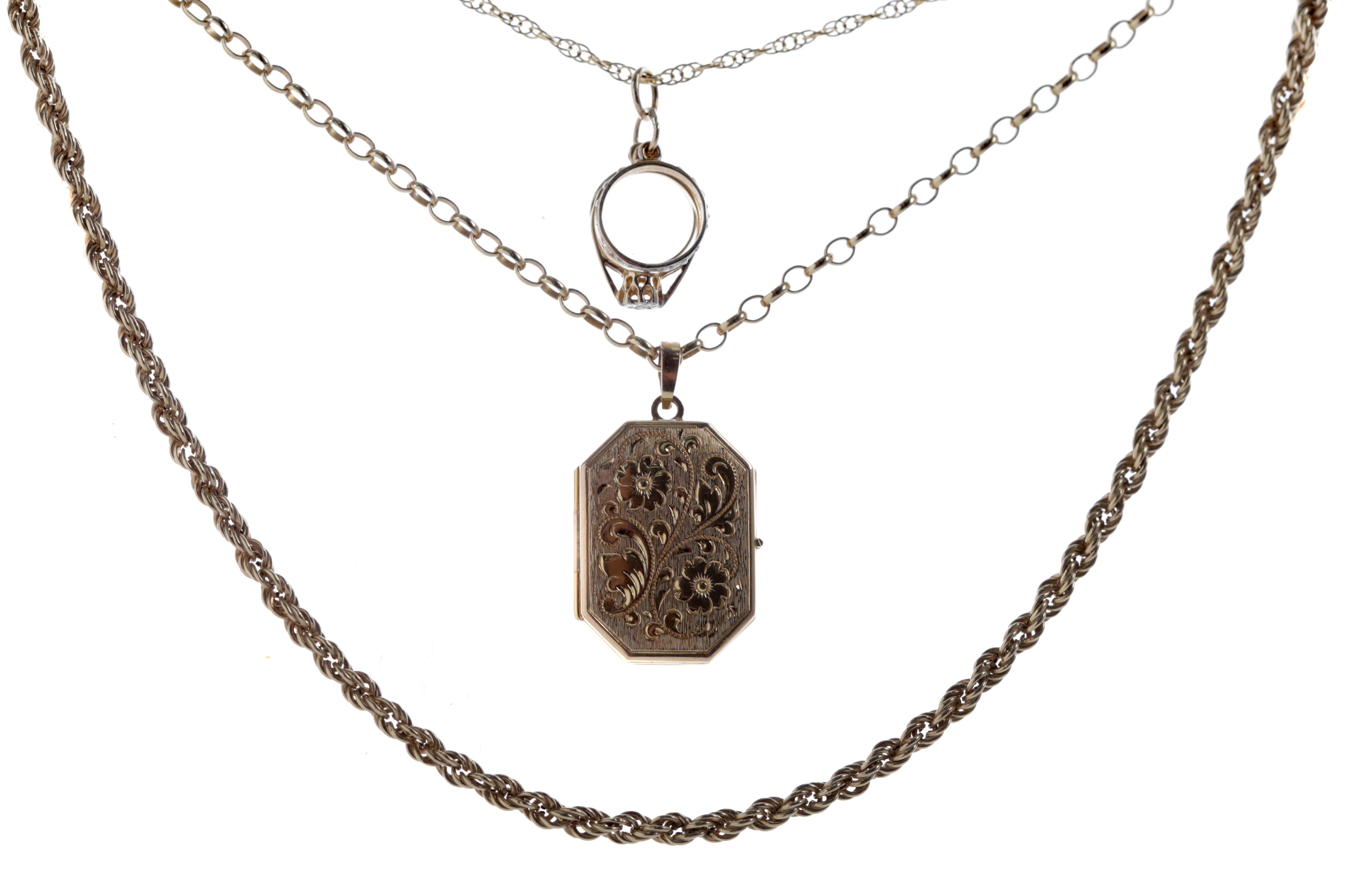 A GROUP OF GOLD CHAINS AND PENDANTS