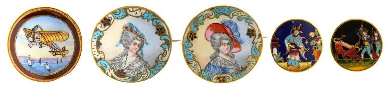 AN UNUSUAL GILTMETAL AND PAINTED ENAMEL BUTTON OF A BLERIOT TYPE AEROPLANE, C1910, 34MM DIAM, A PAIR