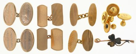 THREE PAIRS OF 9CT GOLD CUFF LINKS, VARIOUS SIZES, ONE AND A PAIR OF 9CT GOLD DRESS STUDS, ONE