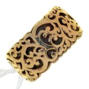 A 9CT GOLD OPENWORK WEDDING BAND WITH GOLD SLEEVE, LONDON 1972, 7.5G, SIZE L Light wear consistent