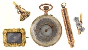 A VICTORIAN GOLD AND CITRINE SHIELD SHAPED SEAL-WATCH KEY, C1840, 19MM, A CONTEMPORARY GOLD MOURNING
