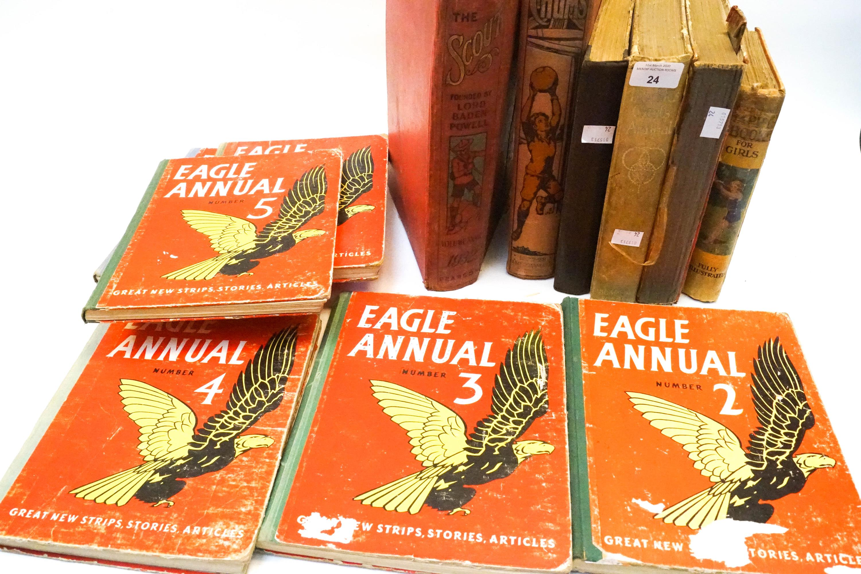 Lot 24 - A collection of vintage Eagle annuals and other children's books