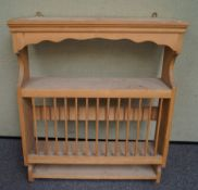A pine plate rack