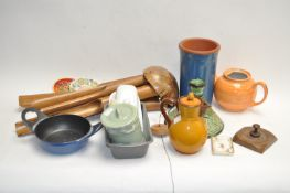 Various items of kitchenware and other miscellaneous items