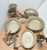 A collection of silver plate and miscellaneous metalware