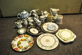 A Copeland Spode 'Camilla' pattern teapot and other ceramics