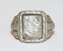 Silber Antonius Ring, Gr. 53, Tragespuren