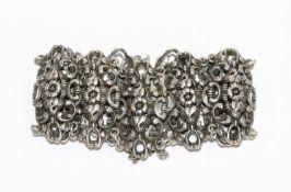 Trachten-Armband mit reliefiertem Floraldekor, 835 Silber, 41 gr., L 17 cm