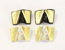 4 Rosenthal Porzellan-Künstler Broschen, Entwurf Johann van Loon, schwarz/gold und bunt/gold, beide