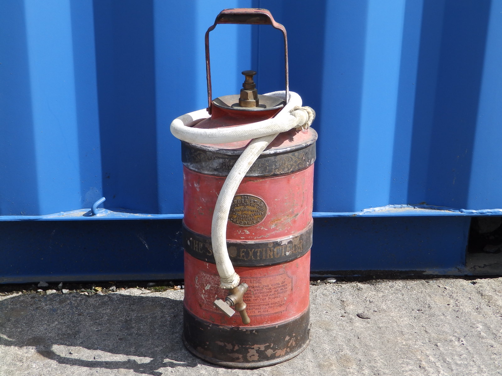 Lot 91 - A Harden 'Star' fire extinguisher by Lewis & Sinclair Co. Ltd., London.