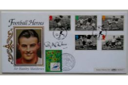 FOOTBALL HEROES LIMITED EDITION POSTAL COVER AUTOGRAPHED BY STANLEY MATTHEWS