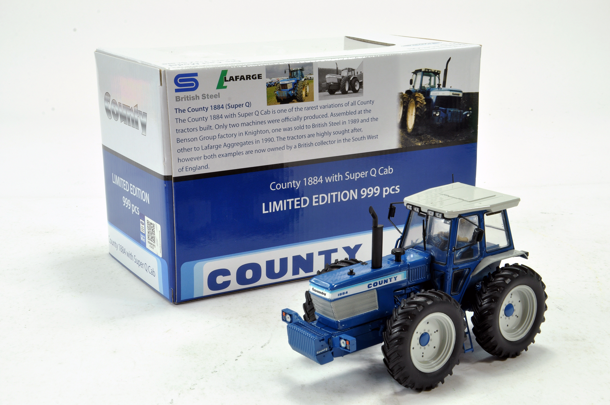 Lot 781 - Universal Hobbies 1/32 County 1884 Super Q Special Edition Tractor. Excellent in Box.