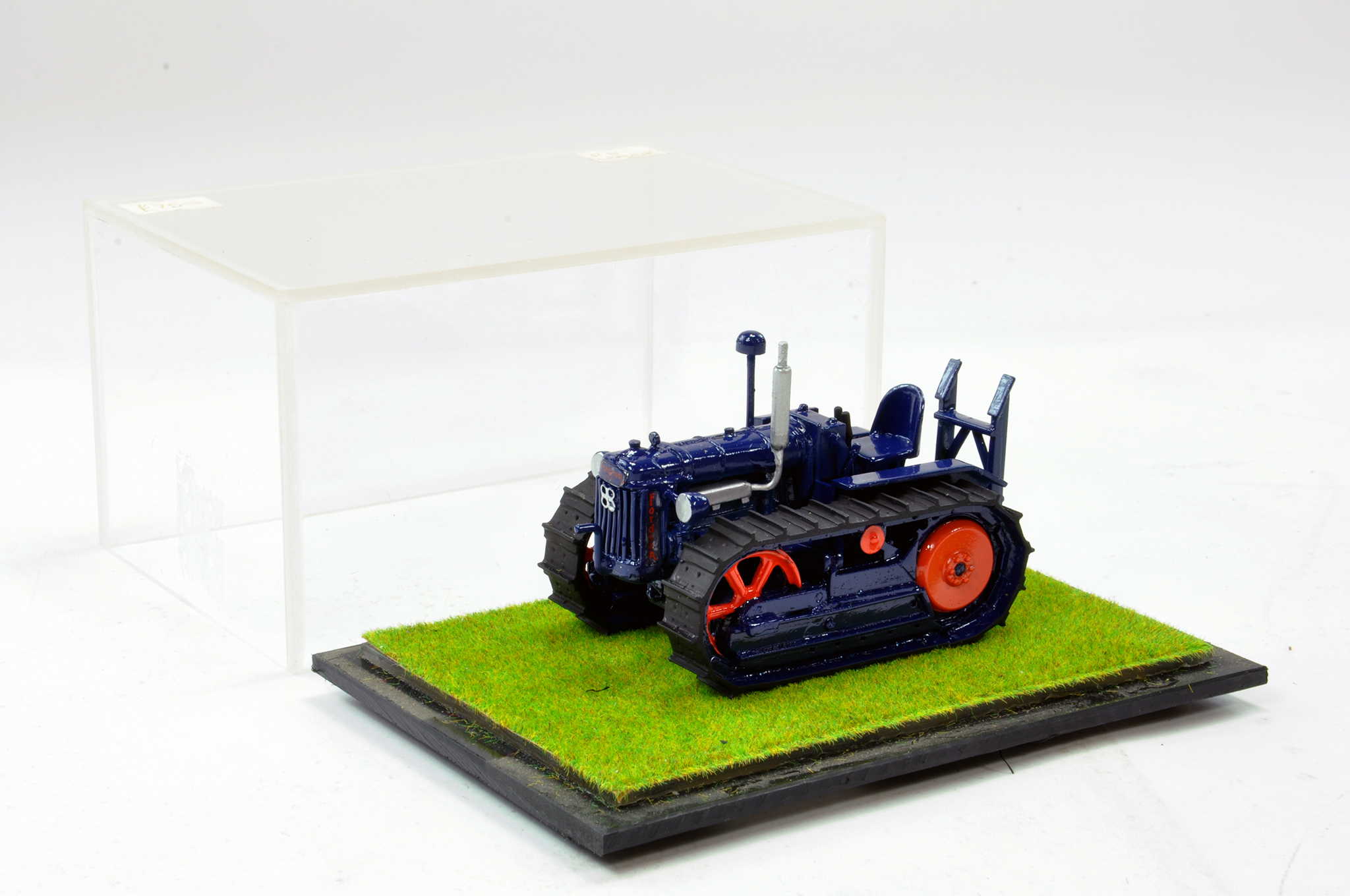 Lot 244 - Scaledown Models 1/32 Hand Built Fordson Major E27N Crawler Tractor. Superb model is generally