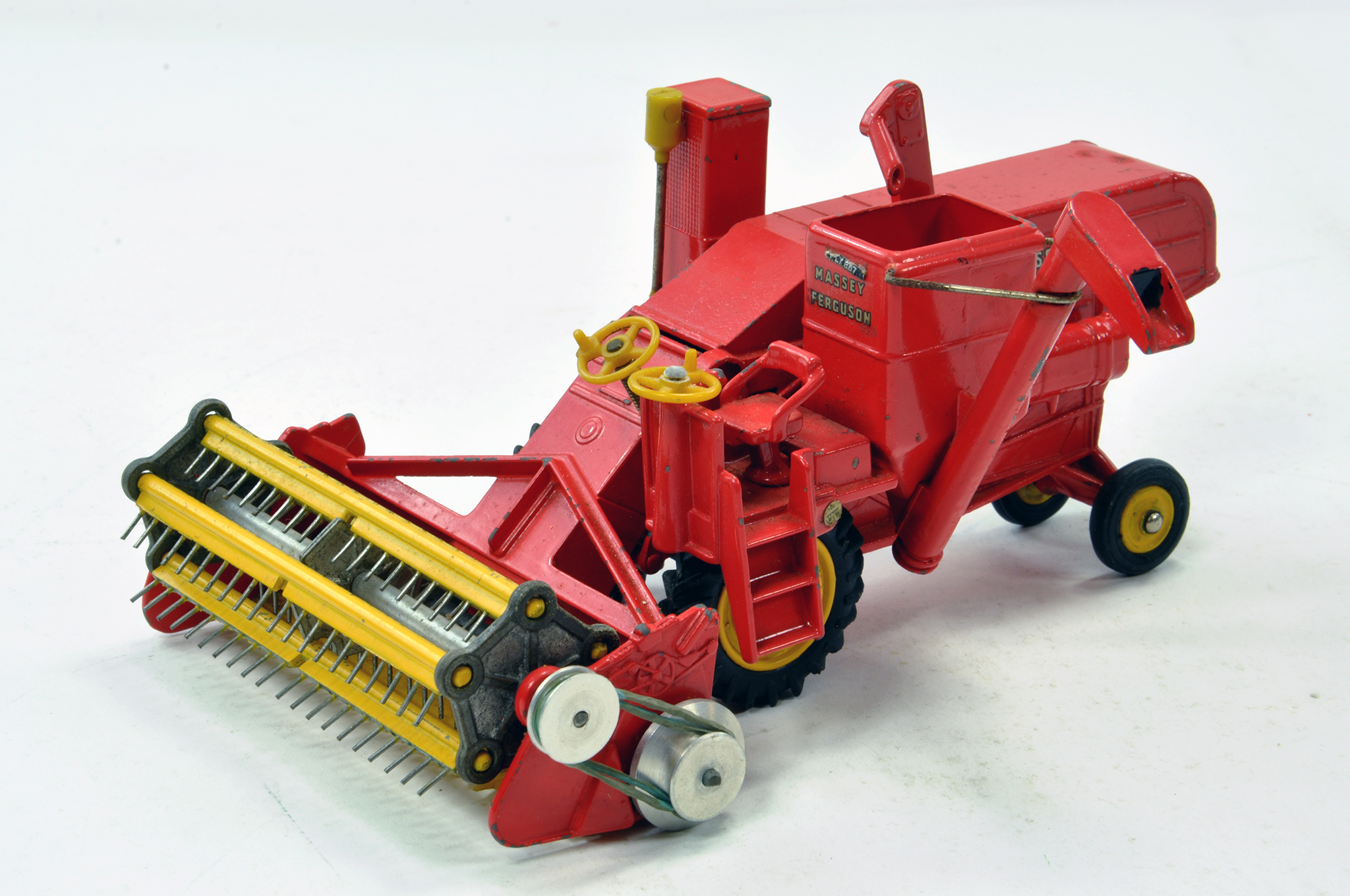 Lot 230 - Corgi Diecast Massey Ferguson 780 Combine Harvester. Generally good to very good.