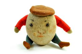 Vintage Steiff Humpty-Dumpty, original issue, circa 1912. Approx 11cm. Felt. Red arms, suggestion of