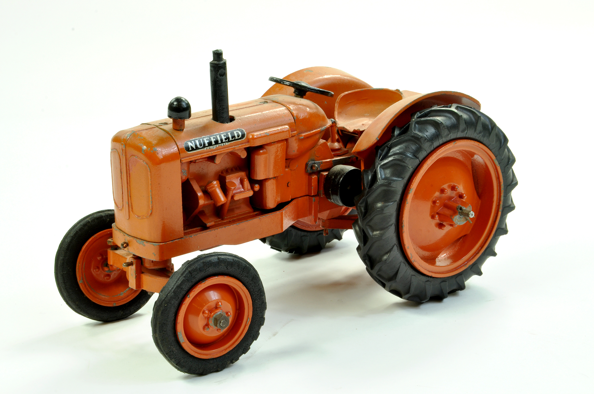 Lot 17 - Denzil Skinner 1/16 Farm Issue comprising Nuffield Universal Tractor. Appears complete. Nice