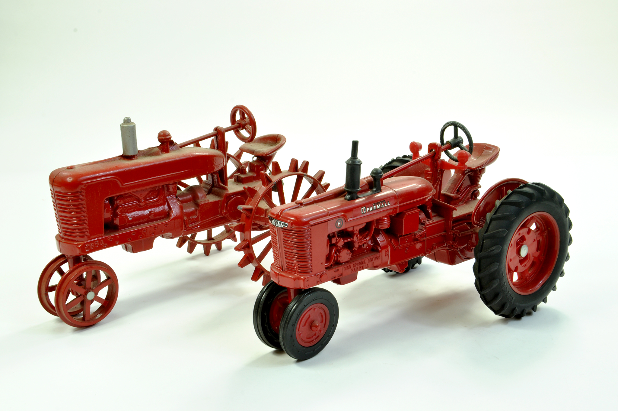 Lot 8 - Ertl and Scale Models 1/16 diecast farm issue duo comprising IH Farmall H Show Edition Tractor