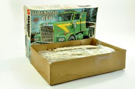 AMT 1/24 Plastic Model Kit comprising Diamond REO Truck. Complete. Enhanced Condition Reports: We