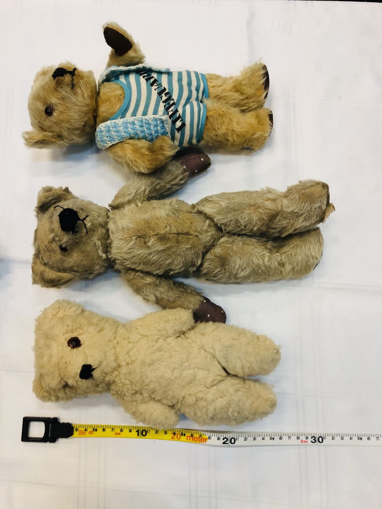 Trio of vintage bears, slightly smaller then previous lots. Includes an early Chad Valley example. - Image 2 of 6