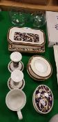 A collection of Wedgwood Cornucopia wares to include three pairs of dishes, a pair of candlesticks,