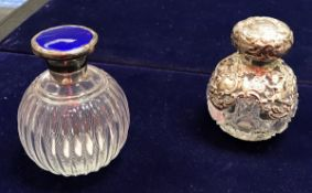 An Edwardian silver mounted hobnail cut grenade scent bottle with cherubic decoration (Birmingham