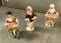 A pair of Höchst miniature figures as la