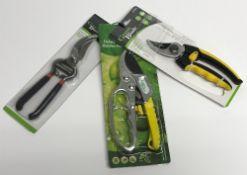 A pair of Green Blade compact bypass pru