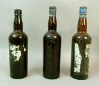 Bentley & Shaw Vintage Port, branded lead capsule, remains of label, 1 bottle, perhaps 1950's, level