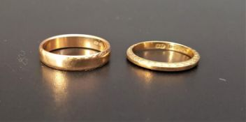 TWO NINE CARAT GOLD WEDDING BANDS one with scroll decoration to the sides, sizes, M-N and I, total