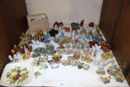 SECTION 24. Approximately 100 assorted Wade whimsies including animals, Monks and butterflies, a