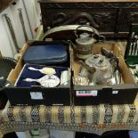 A quantity of assorted items of silver plate