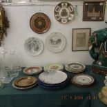 A quantity of assorted cabinet plates etc