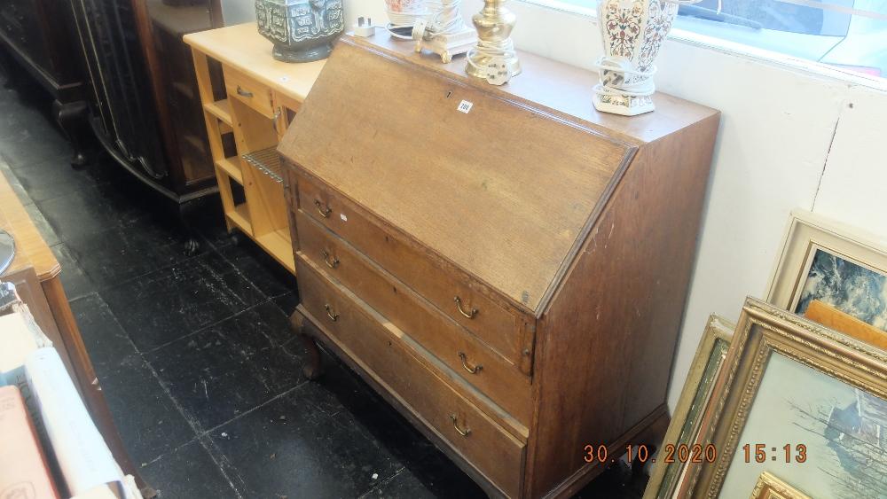 An oak bureau with three drawers - Image 2 of 2