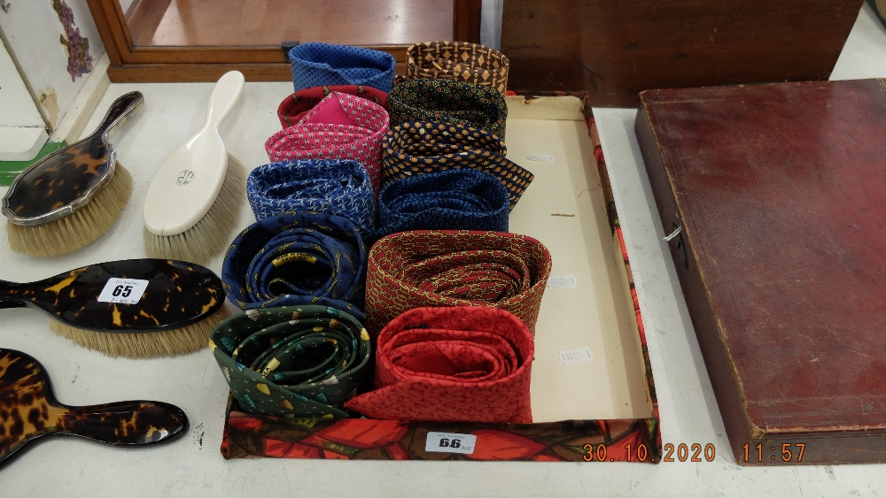 12 assorted Hermes silk gents ties