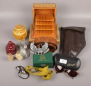 A group lot of collectables to include leather belt with metal eagle buckle, oriental snuff bottles,