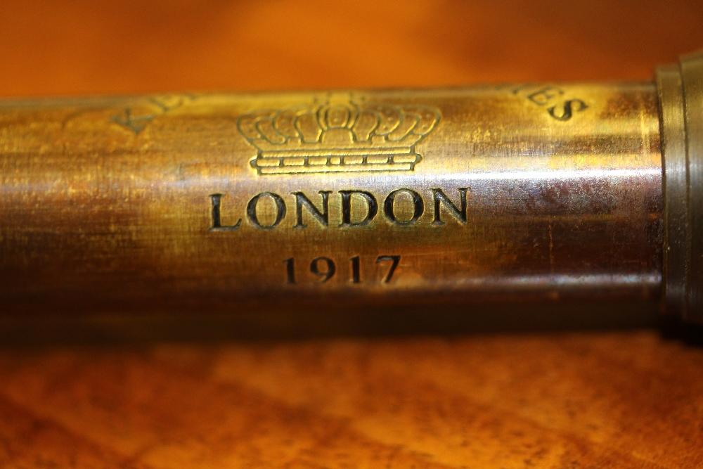 Lot 18 - Kelvin & Hughes London 1917 4 draw telescope