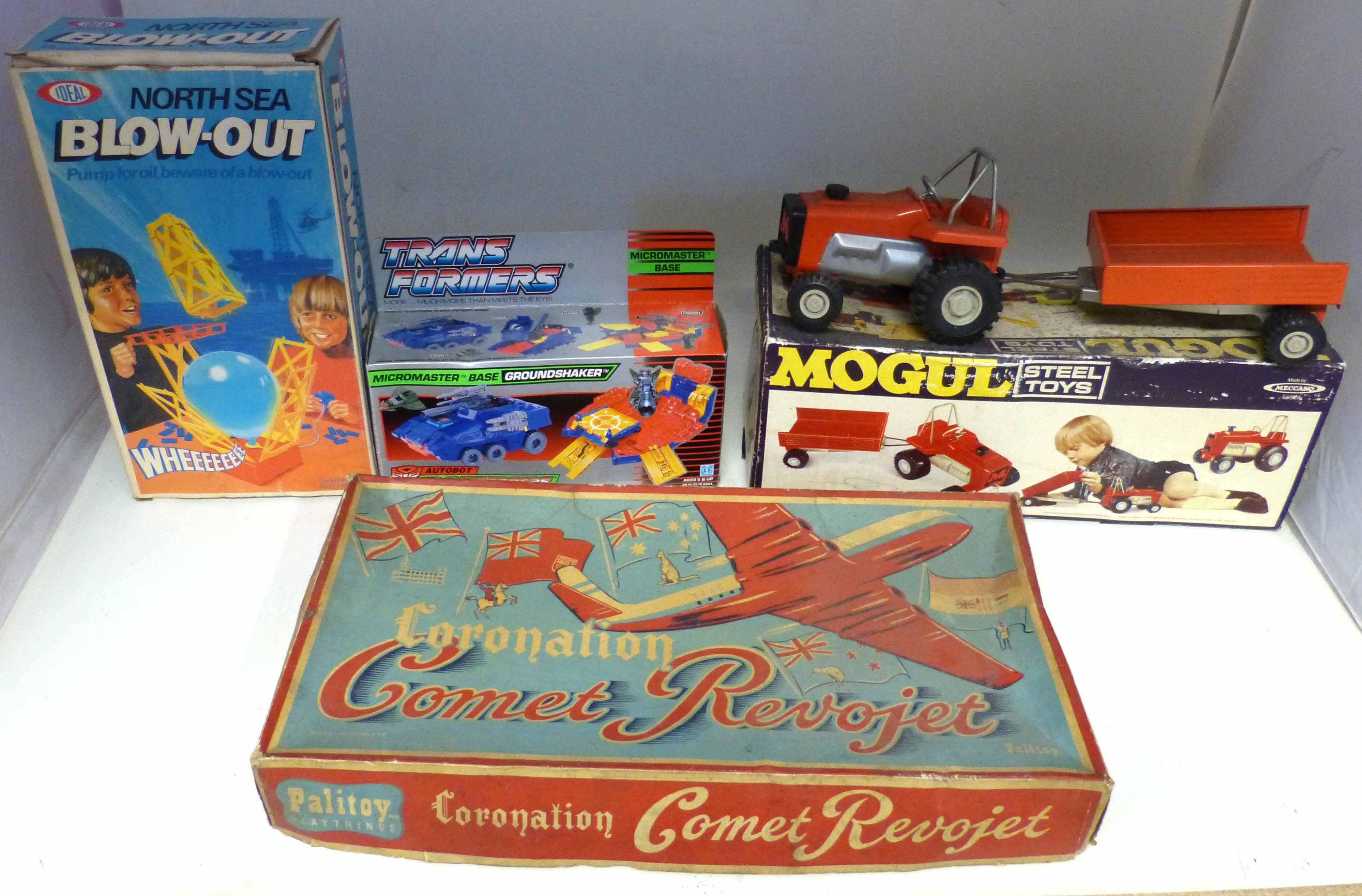 """Lot 89 - Boxed Palitoy """"Coronation Comet Revojet"""" Mogul Meccano tractor and trailer po.3265 (box incomplete),"""