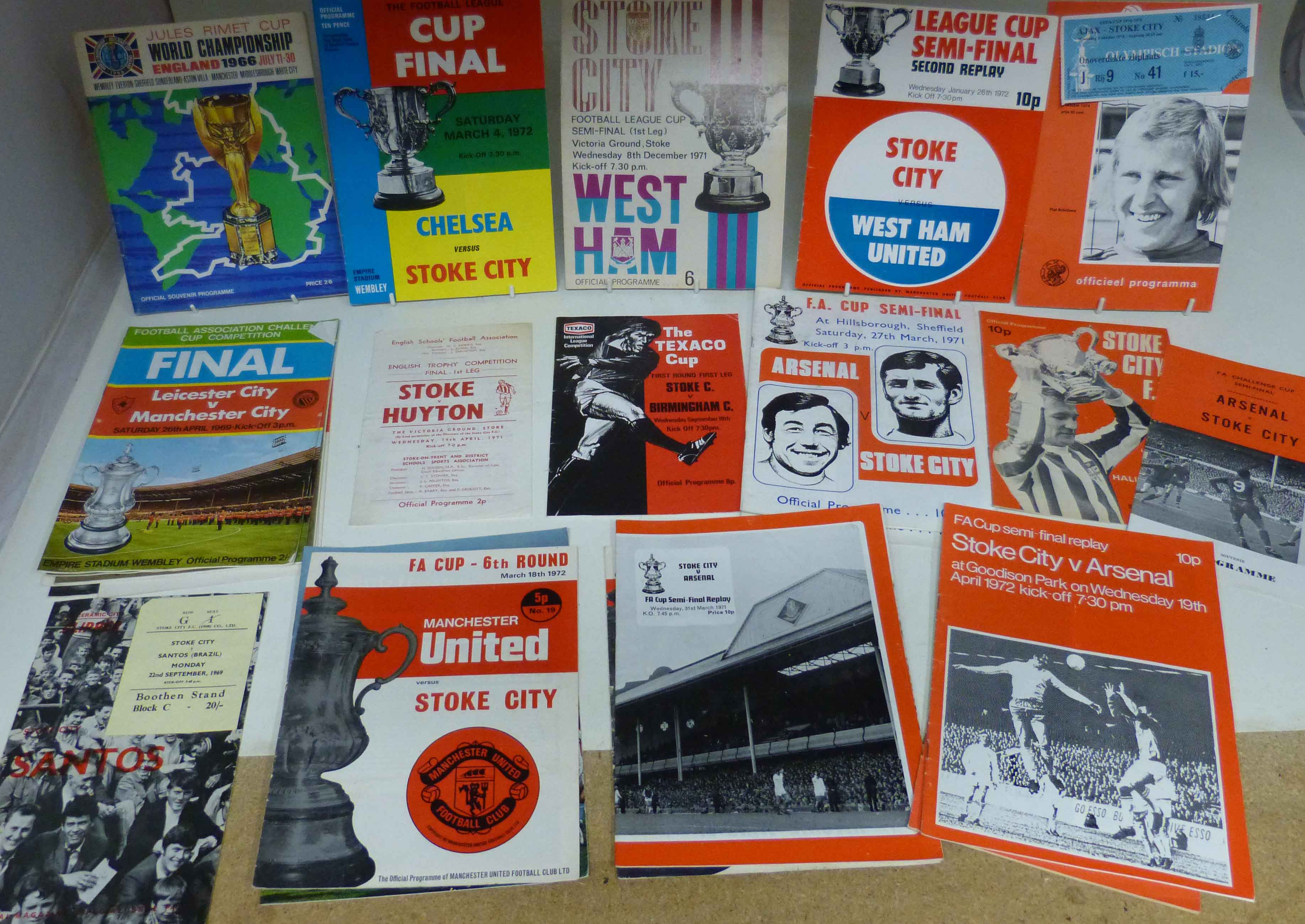 Lot 41 - Stoke City Vs Chelsea 1972 league cup final programmes, Semi-final Vs West Ham (Old Trafford,