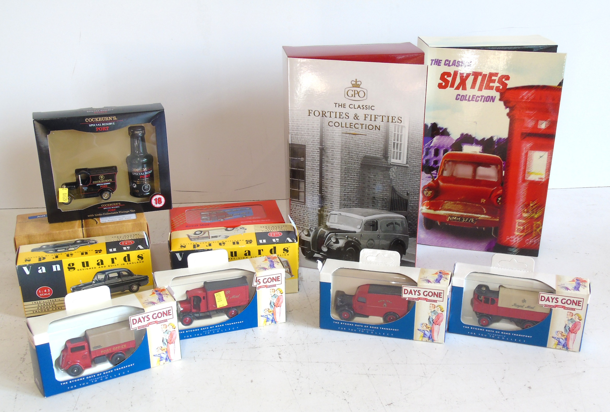Lot 98 - Corgi boxed Royal Mail gift sets (2) ( CP99136 & CP99145 ) Four Days Gone Royal Mail vehicles, two
